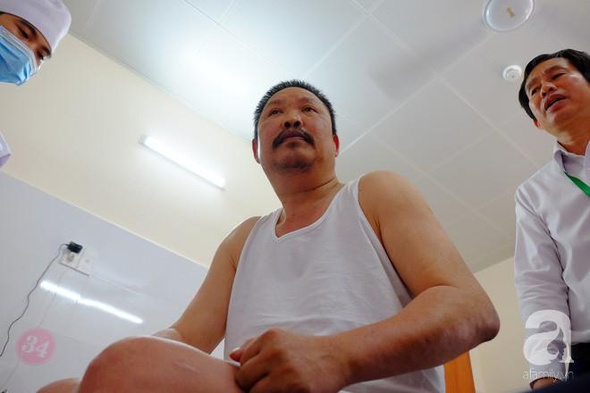 TP.HCM: Vợ con vỡ òa khi thấy chồng ngồi dậy thần kỳ sau 5 năm liệt tứ chi vì tai nạn giao thông cực nặng - ảnh 4