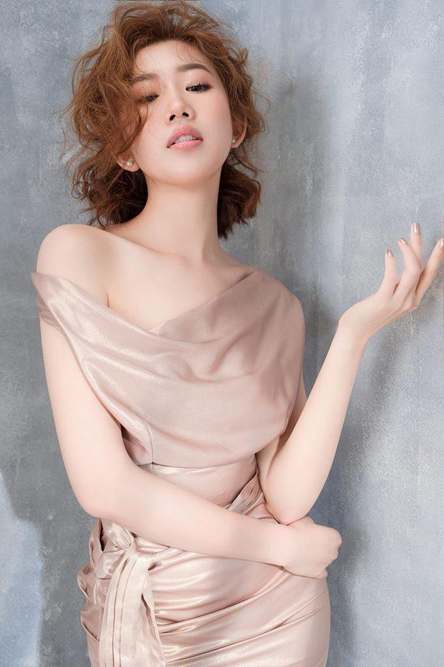 Nữ chính đang bị ghét cay ghét đắng trong Gạo nếp gạo tẻ: Ngoài đời xinh đẹp và nóng bỏng, từng lọt Top 20 HHHV 2010 - ảnh 5
