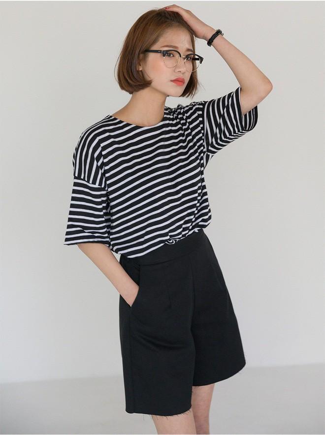 """""""Quần shorts của mẹ"""" - mốt quần mới năm nay đảm bảo mặc mát và hoàn toàn có thể diện tới sở làm - ảnh 17"""