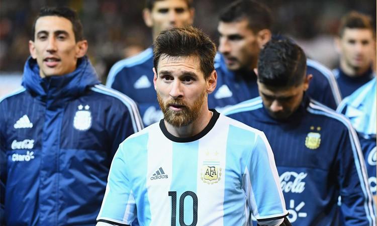 Không có vinh quang cho Messi, bởi anh không đổ máu vì nó - Ảnh 11.