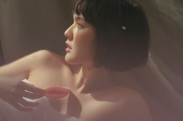Hải Tú bất ngờ xuất hiện trong bộ ảnh mới: Ma mị, cuốn hút và vẫn đúng chuẩn nàng thơ như năm nào! - ảnh 14