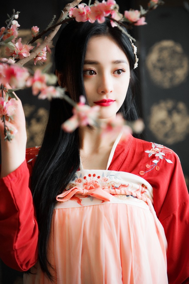 Mỹ nhân Kpop sinh năm 1998 khiến dân tình phát cuồng vì bộ ảnh cổ trang đẹp như tiên nữ trong phim ngôn tình - ảnh 4