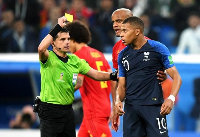 """Kylian Mbappe """"xát muối"""" vào nỗi đau của tuyển Anh - Ảnh 1."""