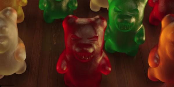 Kẹo dẻo chip chip cắn người trong Goosebumps 2 - ảnh 4
