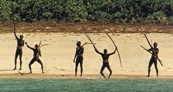 Trên Trái đất vẫn còn các bộ tộc chưa thoát khỏi kỳ đồ đá, và bạn biết họ sống thế nào không? - ảnh 6