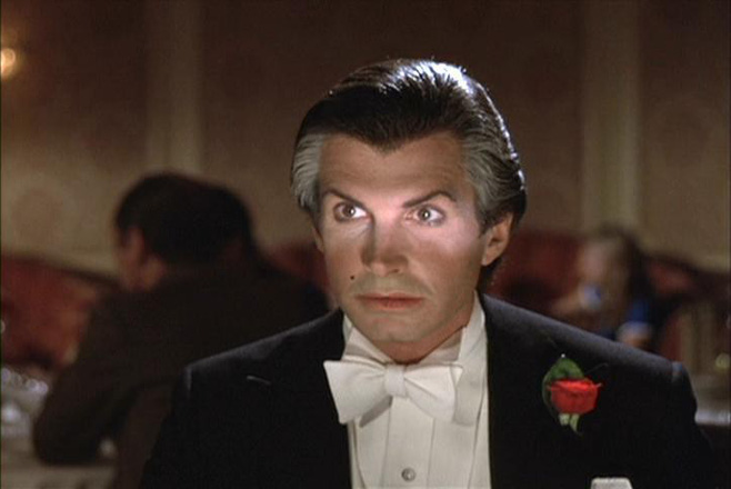 10 phiên bản Dracula đáng nhớ trên màn ảnh: Tạo hình liên tục thay đổi trong suốt 100 năm - ảnh 5