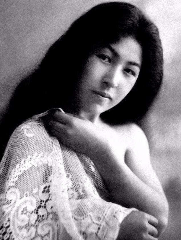 15 bức ảnh mặt mộc không son phấn của các nàng geisha thế kỷ 19 đẹp đến ngỡ ngàng làm bạn không thể rời mắt - ảnh 14