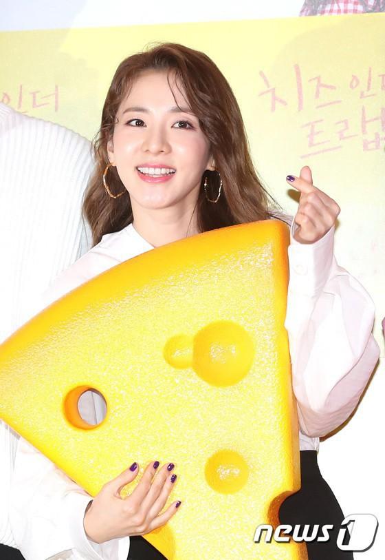 Không ngờ người đẹp không tuổi Dara U40 lại có cách níu giữ tuổi xuân đơn giản đến vậy - ảnh 3