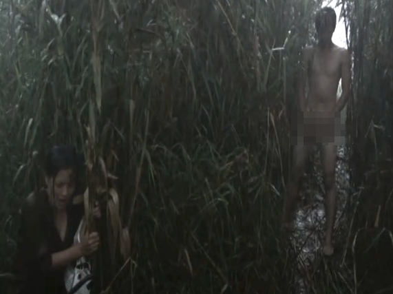 Vướng nghi án lộ ảnh nóng, cảnh phim trần như nhộng của Huỳnh Anh trong quá khứ cũng được đào mộ - ảnh 1