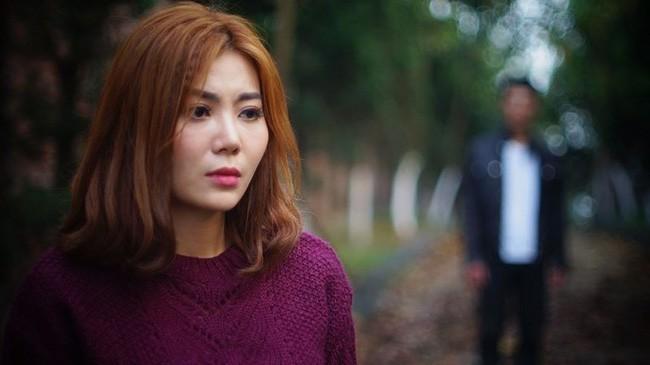 Quỳnh Búp Bê: Dàn kĩ nữ, ma cô táo bạo nhất phim truyền hình Việt Nam - Ảnh 2.