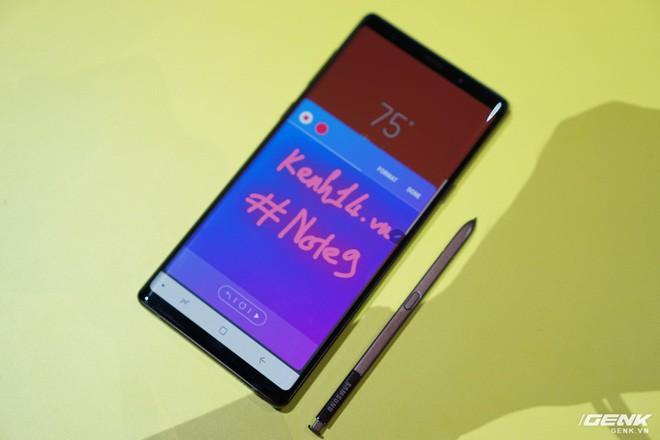 Ảnh thực tế Galaxy Note 9 vừa mới ra mắt: Có những gì đỉnh hơn người tiền nhiệm Note 8? - Ảnh 21.