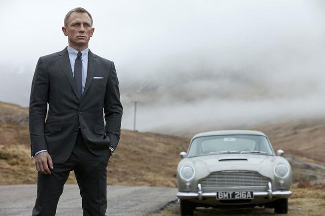 """Xuất hiện ứng viên nặng kí cho vai James Bond hấp dẫn hơn cả """"Loki"""" Tom Hiddleston - ảnh 8"""