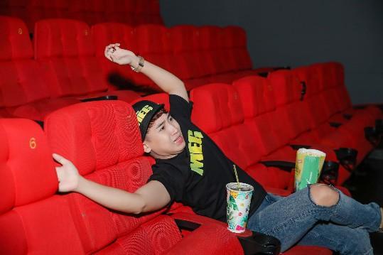Cảm nhận trọn vẹn sự hoành tráng của bom tấn Cá mập siêu bạo chúa tại rạp phim 3 màn hình - ảnh 4