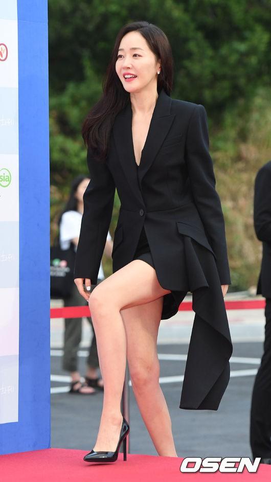 Goo Hye Sun giảm 10 kg trong 1 tháng, lột xác ngoạn mục trên thảm đỏ- Ảnh 12.