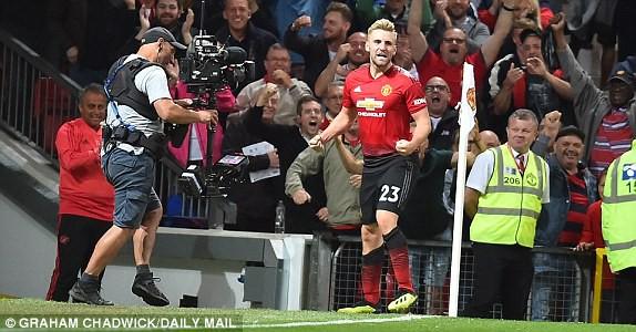 Đội trưởng Pogba nổ súng, Man Utd thắng nghẹt thở trận mở màn mùa giải mới - Ảnh 6.