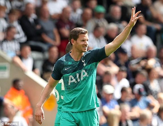 10 phút ghi 2 bàn, Tottenham khai màn Premier League 2018/19 hoàn hảo - ảnh 1