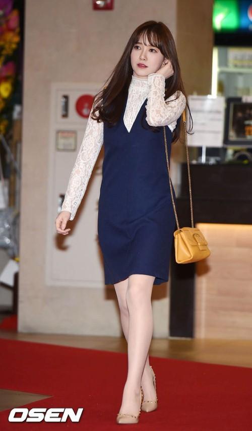 Giảm cân thành công nhưng Goo Hye Sun vẫn kém đẹp chỉ vì thói quen này khi diện váy ngắn - ảnh 9
