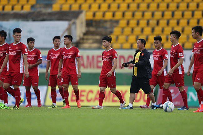 Olympic Việt Nam gặp bất lợi trước thềm ASIAD 2018 - ảnh 1