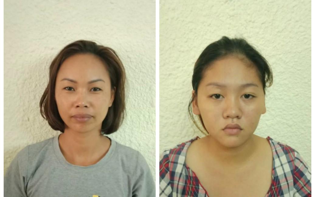 Hai người phụ nữ bán thiệp dạo dàn cảnh, ăn trộm 7 triệu đồng của vị khách người nước ngoài ở bờ hồ Hoàn Kiếm