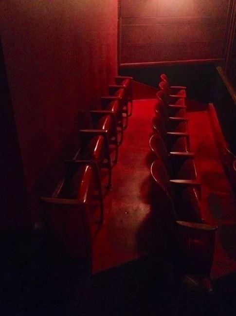 1001 kiểu thốn mà khán giả từng phải trải qua tại rạp chiếu phim - ảnh 8