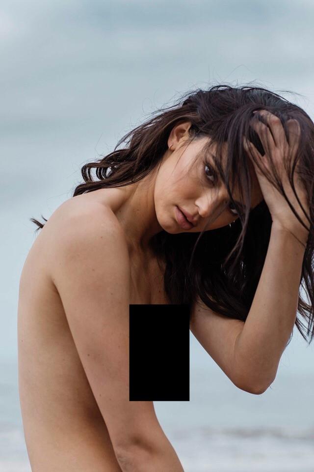 Kendall Jenner lộ cả bộ ảnh khỏa thân hoàn toàn gây sốc, trở thành cái tên viral hàng đầu mạng xã hội! - Ảnh 3.