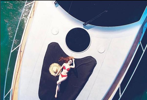 Những Hoa hậu chịu chơi của Vbiz: Mua hàng hiệu theo lố, đi du lịch sang chảnh ở khách sạn hàng chục triệu đồng/đêm - ảnh 21