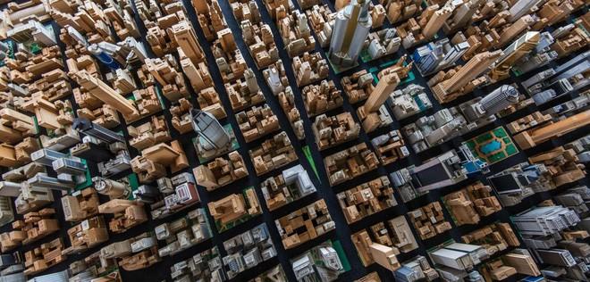 Choáng ngợp với mô hình thành phố mini siêu chi tiết được tạo nên bởi cụ ông 78 tuổi trong suốt hơn 65 năm - ảnh 2