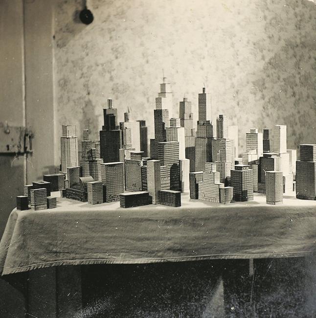 Choáng ngợp với mô hình thành phố mini siêu chi tiết được tạo nên bởi cụ ông 78 tuổi trong suốt hơn 65 năm - ảnh 3