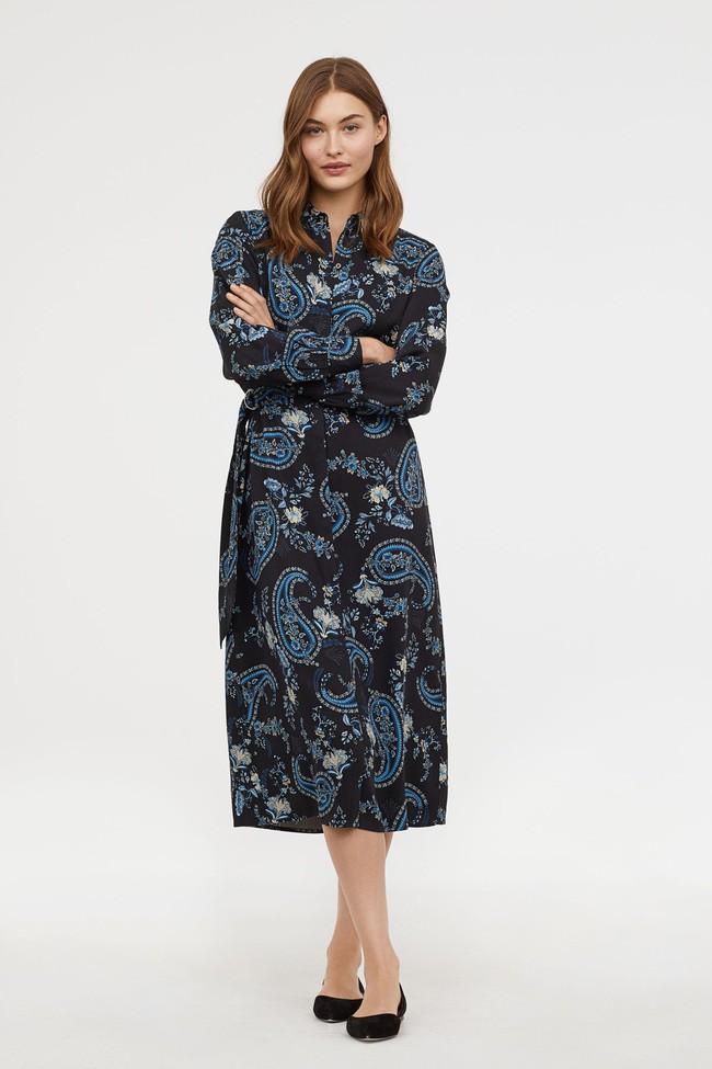 Duyên dáng như Hà Hồ diện váy liền dạo phố đón nắng thu, Zara và H&M cũng gợi ý 10 mẫu váy midi siêu nữ tính dành riêng cho bạn - ảnh 12