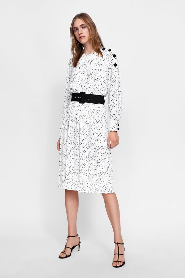 Duyên dáng như Hà Hồ diện váy liền dạo phố đón nắng thu, Zara và H&M cũng gợi ý 10 mẫu váy midi siêu nữ tính dành riêng cho bạn - ảnh 8