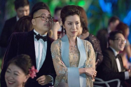 Để đấu lại mẹ chồng tài phiệt khó tính, nữ chính Crazy Rich Asians đã đi nước cờ cao tay này đây - ảnh 8