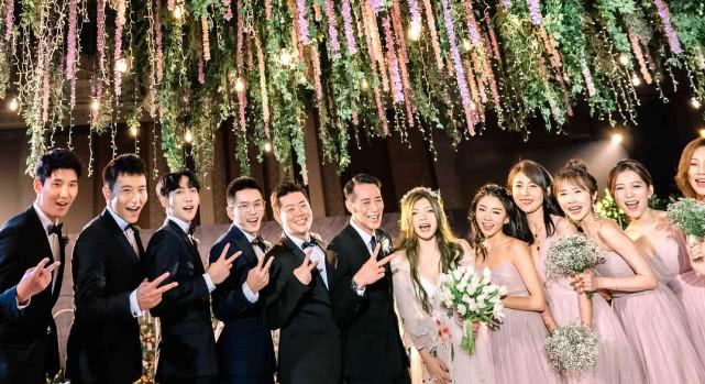 Đám cưới nhỏ bỗng chốc trở thành tiêu điểm chú ý vì sự xuất hiện đẹp hơn hoa của Triệu Vy - ảnh 5