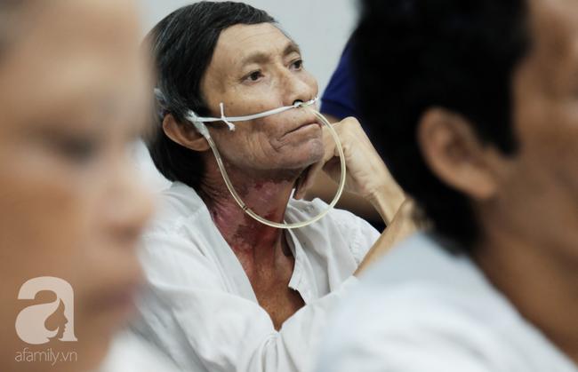 Khao khát làm mẹ cháy bỏng của cô gái Phú Thọ cãi lời cha để vào Nam lấy anh chồng không đi đứng được - ảnh 12