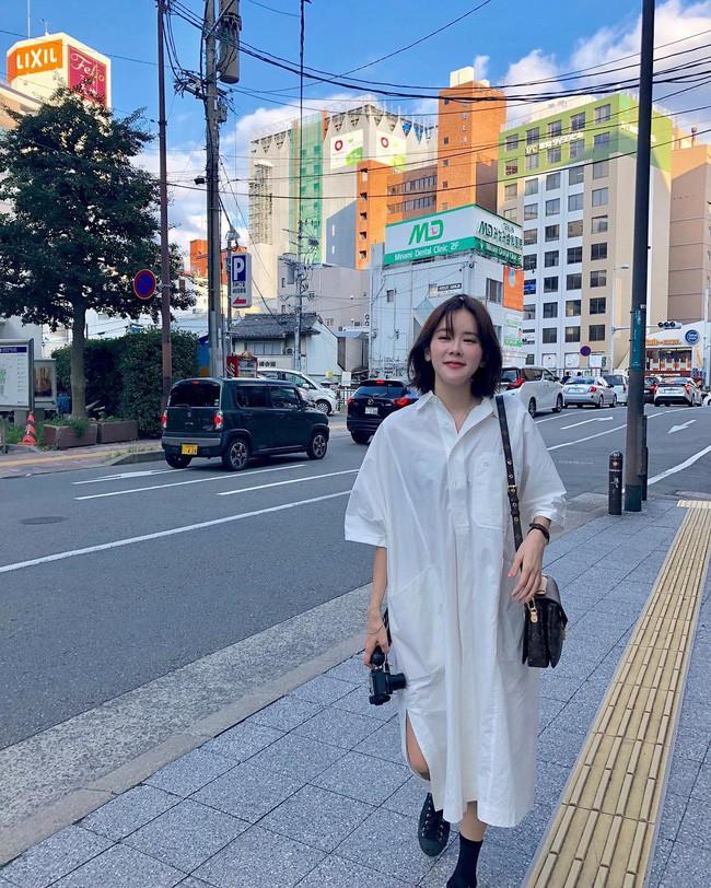 Chưa lạnh hẳn nhưng áo len và cardigan đã rục rịch phủ kín street style Châu Á tuần này - ảnh 13