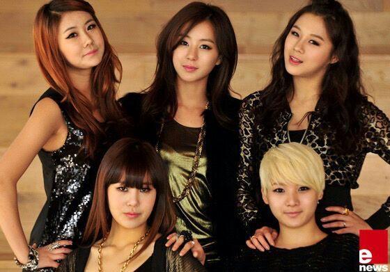 Anh chị em ruột ngoài ngành giải trí của 7 idol Kpop đình đám: Quá phí khi không gia nhập làng giải trí - ảnh 15
