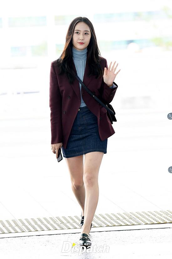 Chị em sang chảnh nhất xứ Hàn đụng độ Red Velvet: Jessica trông như bà hoàng, Krystal đẹp đè bẹp đàn em - ảnh 2
