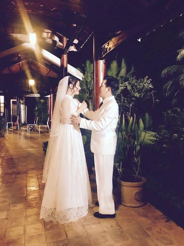 HOT: Chính thức hé lộ ảnh cưới của Trường Giang và Nhã Phương - Ảnh 2.