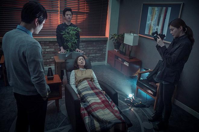 5 bộ phim diệt quỷ đỉnh cao của Hàn Quốc không xem chắc chắn phí cả đời - ảnh 7