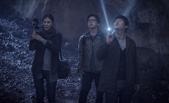 5 bộ phim diệt quỷ đỉnh cao của Hàn Quốc không xem chắc chắn phí cả đời - ảnh 8