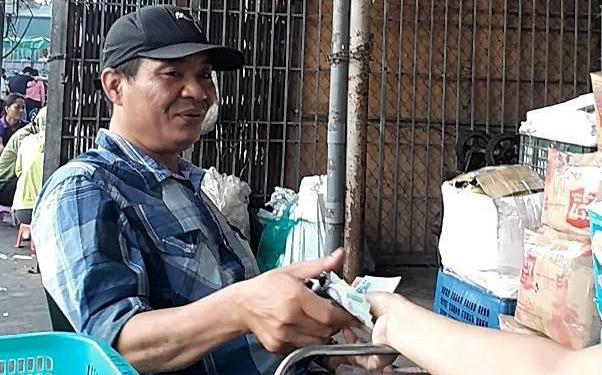 Ban quản lý chợ Long Biên: