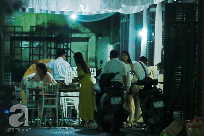 Những hình ảnh đầu tiên trước giờ G đám cưới Nhã Phương - Trường Giang: Gia đình nhà gái tất bật chuẩn bị cho ngày vu quy - Ảnh 1.