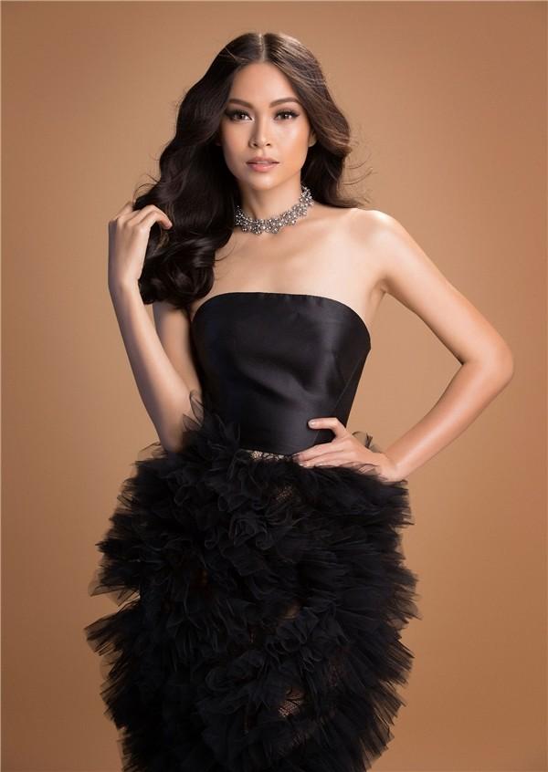 Bị tố mua giải ở Hoa hậu Hoàn vũ 2017, Mâu Thủy đáp trả mỉa mai: Chị mua hết các giải phụ rồi nhé - Ảnh 4.