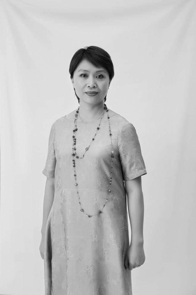 Sau sự cố vạ miện, Hoàng My không có tên trong dàn giám khảo Chung kết Hoa hậu Hoàn vũ Việt Nam - Ảnh 6.