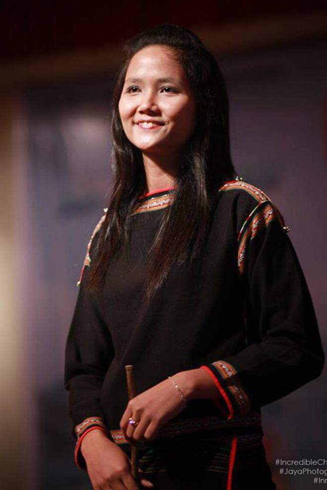 Lộ hình ảnh hiếm của HHen Niê năm 19 tuổi: Cực dễ thương và giản dị! - Ảnh 1.
