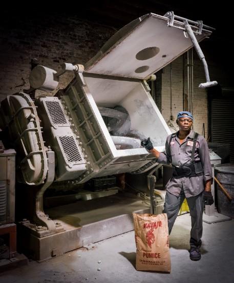 Đột nhập một trong những nhà máy sản xuất lõi bút chì cuối cùng của Mỹ, tất cả thực sự rất tuyệt vời - ảnh 6