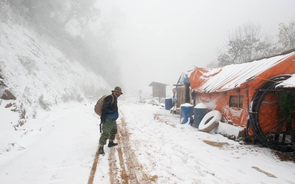 Thực hư thông tin vùng núi cao Nghệ An có tuyết rơi dày, nhiệt độ xuống dưới 0 độ C