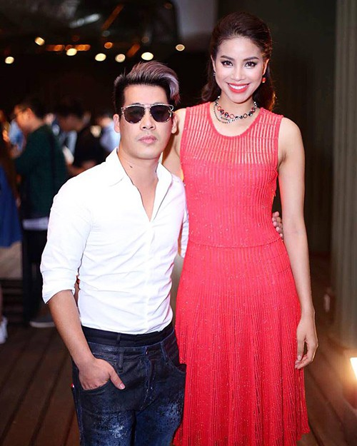 Đại chiến stylist: Chê H'Hen Niê mặc xấu, cựu stylist của Phạm Hương bị ekip tân Hoa hậu vỗ mặt - ảnh 2
