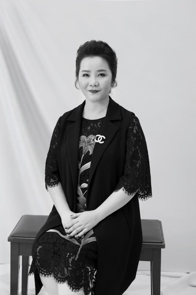 Sau sự cố vạ miện, Hoàng My không có tên trong dàn giám khảo Chung kết Hoa hậu Hoàn vũ Việt Nam - Ảnh 3.