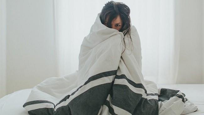 5 triệu chứng cảnh báo tình trạng suy thận mà con gái không nên chủ quan bỏ qua - Ảnh 2.