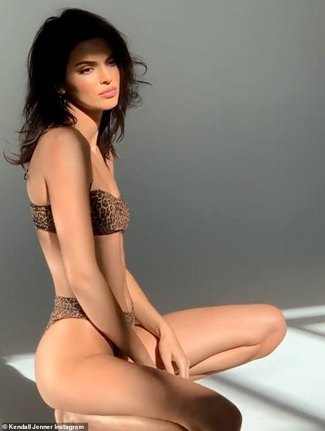 Sau scandal thảm họa quảng cáo, Kendall Jenner lại gây sốt với cảnh mặc bikini siêu nóng bỏng - Ảnh 5.